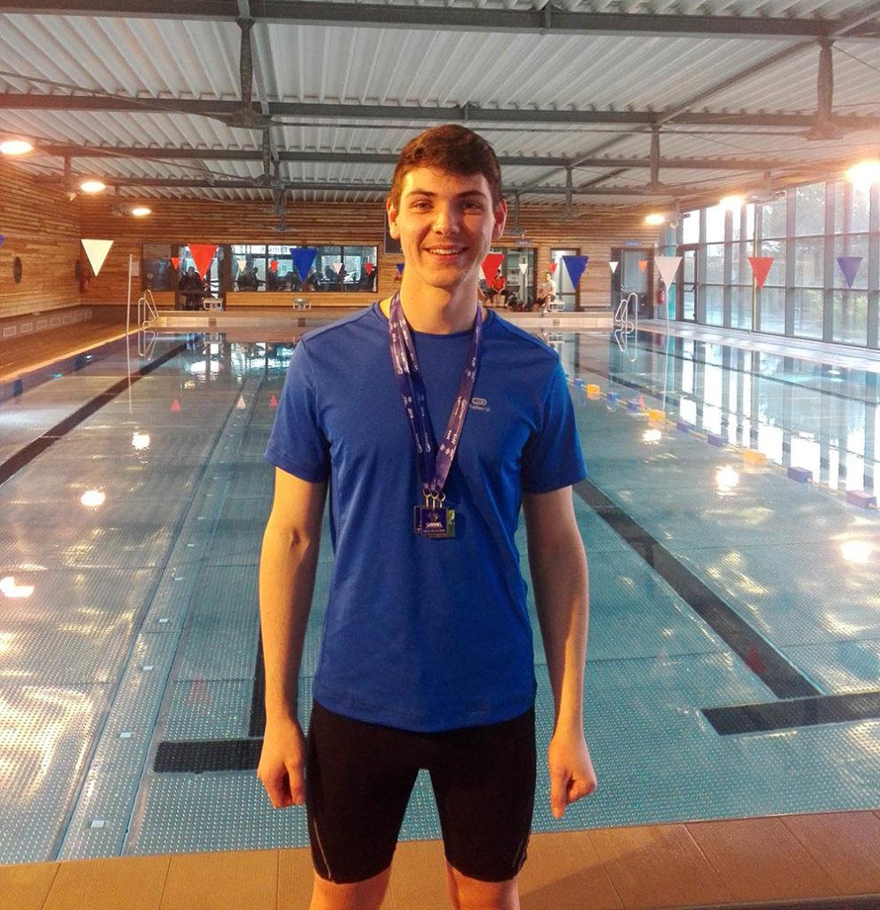 Trois médailles pour Malo lors de la compétition départementale de natation